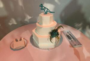 Cake topper's big day
